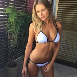 amateur photo Top blonde in bikini