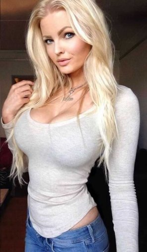 amateur photo Sexy blonde