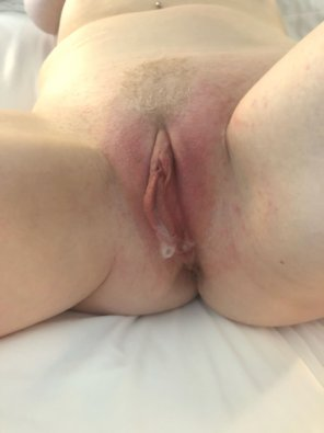 amateur photo 3 creampies from 2 hot men make my labia look so sexy :)