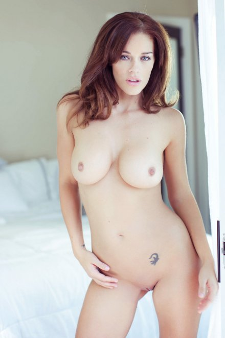 Charlie Boyde Curvaceous Beauty Porn Photo