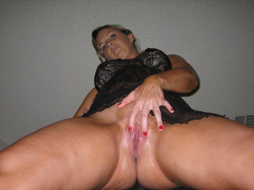 wet pussy Porn Photo