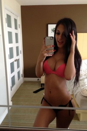 amateur photo Beautiful brunette selfie