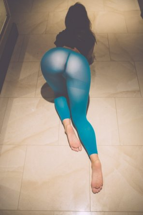 amateur photo Loving the yoga pants