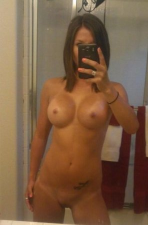 amateur photo PictureOMG i'm in love with her boobs!!!