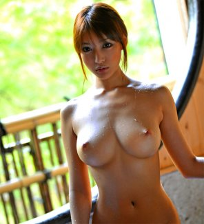 amateur photo Dripping wet Asian titties