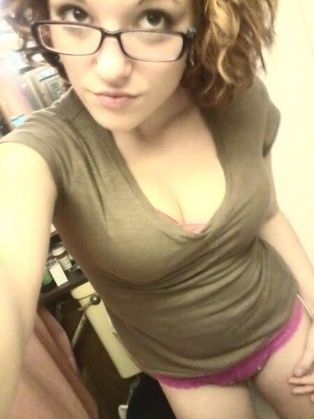 Bathroom Selfie Porn Photo