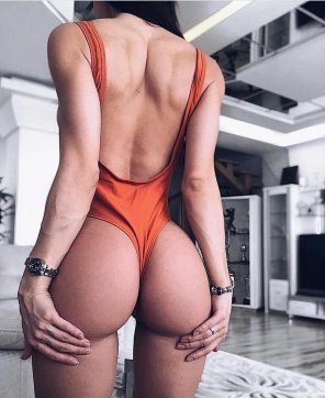 amateur photo Orange Thong