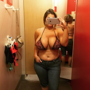 amateur photo Thick Milf