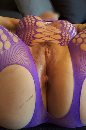 amateur photo Fuck me from ass-to-pussy [Purple fishnet][MILF-40]