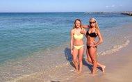 Yellow bikini Black bikini