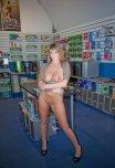amateur photo Computer Store Flash