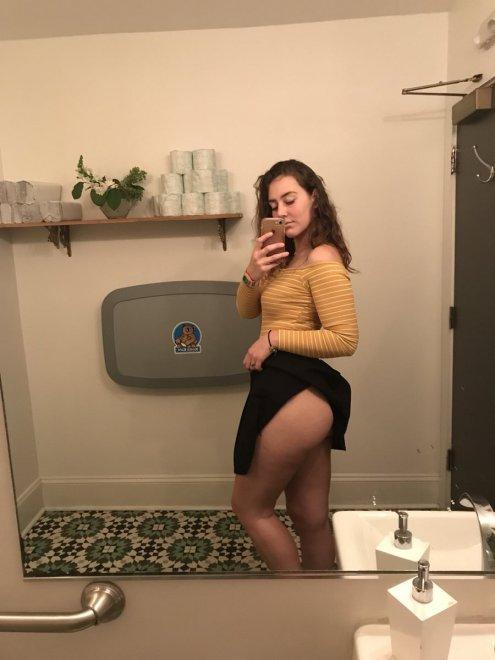 PictureJust A Peek Porn Photo