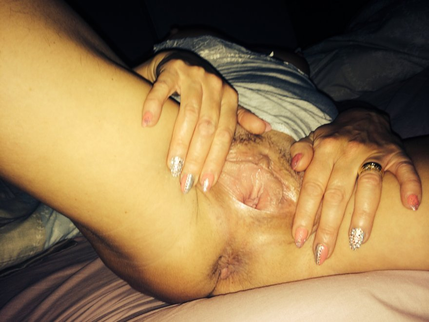 Real mature pussy Porn Photo