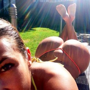 amateur photo Sunshine ass