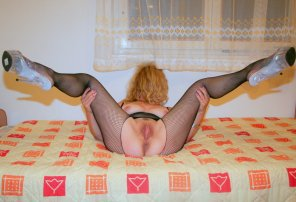 amateur photo milf spread