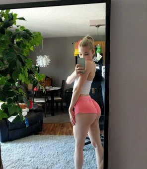 amateur photo Great ass in shorts