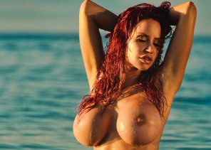amateur photo Hottest busty redhead I ever seen !!!