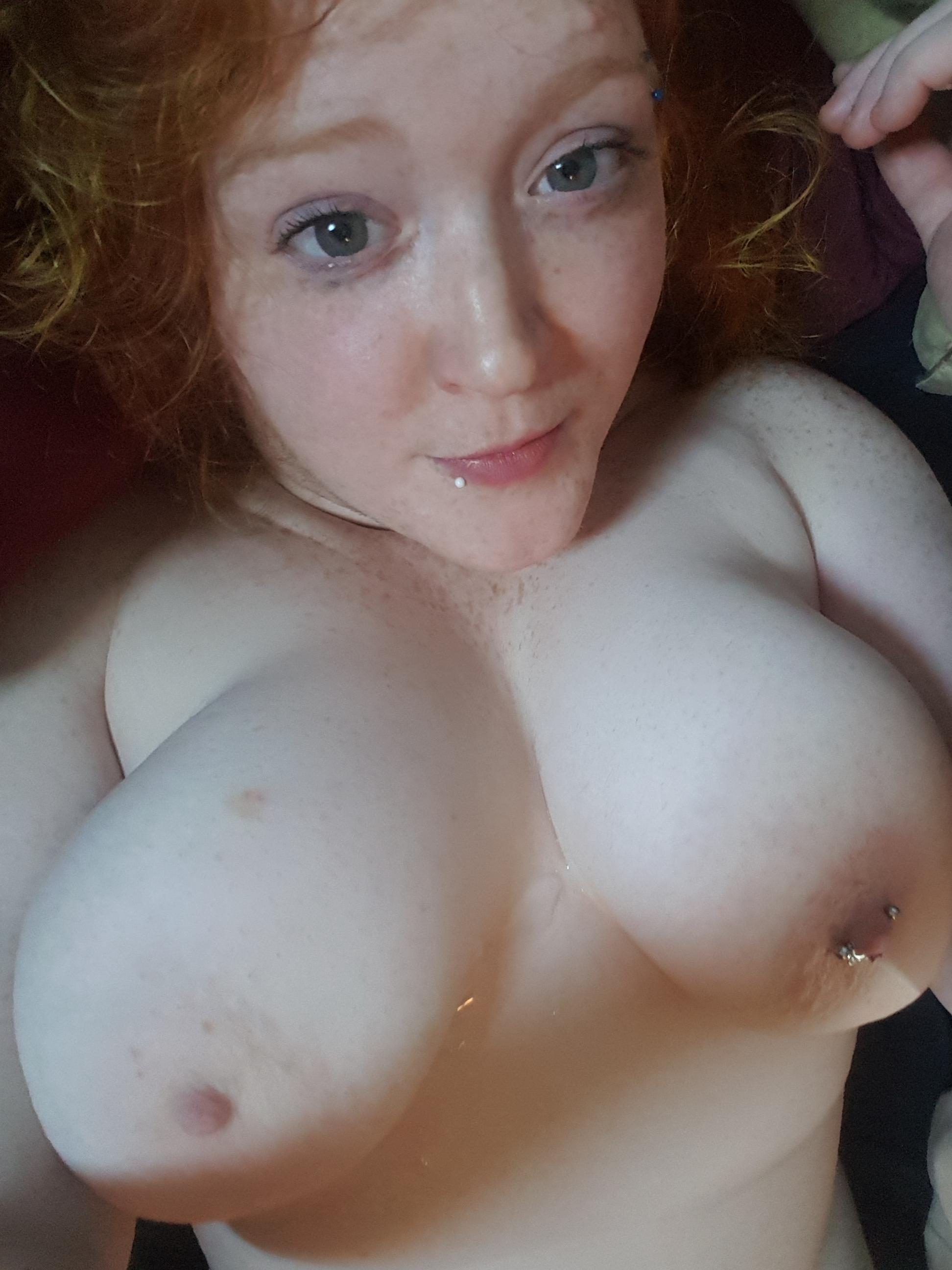 Hot amateur girl nude