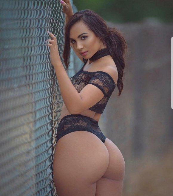 Fence phatty Porn Photo