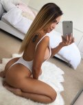 amateur photo Ring her Belle