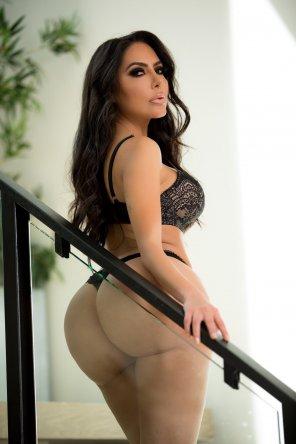 amateur photo Latina Goddess
