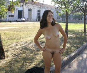 amateur photo nude on campus