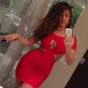 amateur photo Red Dress Ridiculous Proportions
