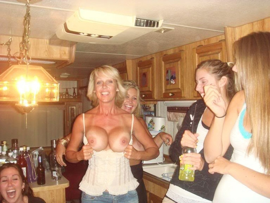 Shows boobs mom