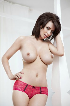 amateur photo England's Sophie Howard