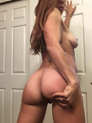 amateur photo I could use a [f]at load sprayed on my ass and up my back tonight