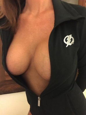 amateur photo There Is Nothing Greater Than a Gorgeous Cleavage