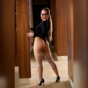 amateur photo Nicole Aniston