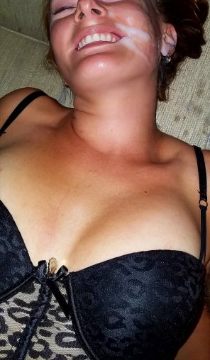 amateur photo Wife's face got a bit messy