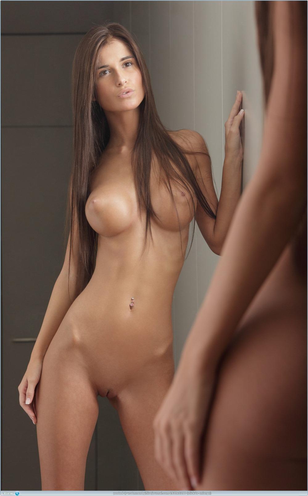 Flexible nude women porn
