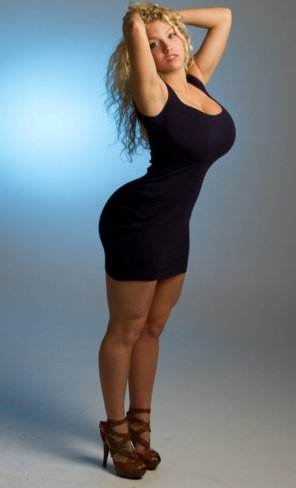 amateur photo Filling that little black dress