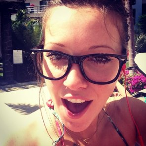 amateur photo Katie Cassidy