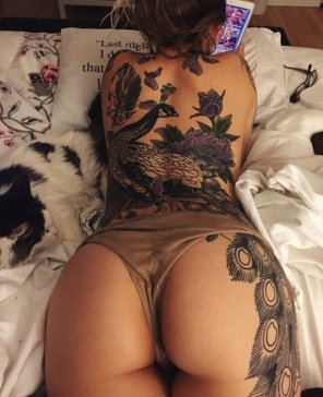 amateur photo Killing ass & tat