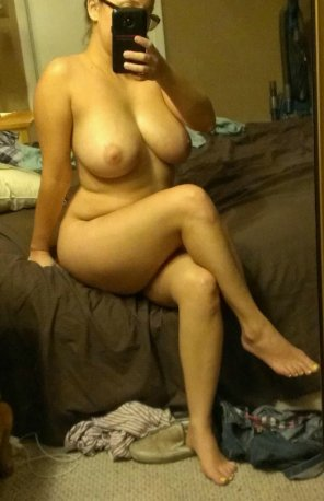 amateur photo Selfie on her bed