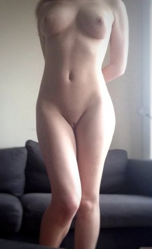 amateur photo Add some cream to my creamy body?