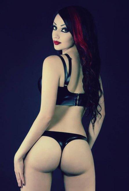 Dani Devine Porn Photo
