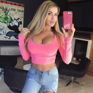 amateur photo Pink Phone and Top