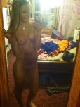 amateur photo Messy room, very well-kept body.