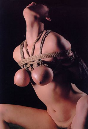 amateur photo Beautiful Breast Bondage