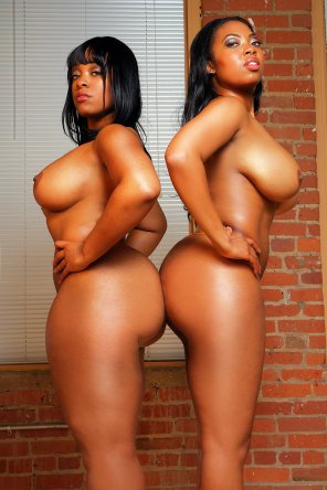 amateur photo Some sweet ebony thickness