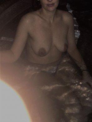 amateur photo milf tits in jacuzzi