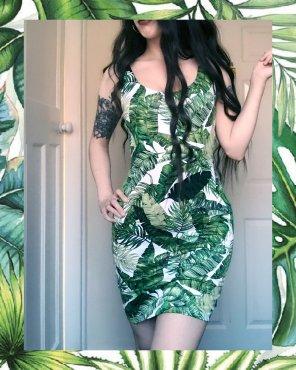 amateur photo Looorah in this dress again