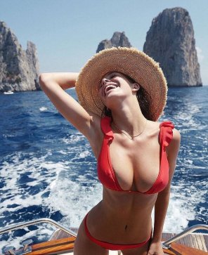 amateur photo Camila Morrone