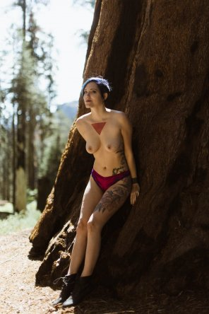 amateur photo Me being nearly naked and very mischievous in Sequoia National Park
