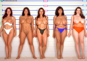 amateur photo Old-School Big-Boob Line-Up