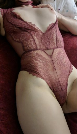 amateur photo [F]irst time being naughty. Please be nice.